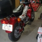 Kundendienst RV50 Rot Larry